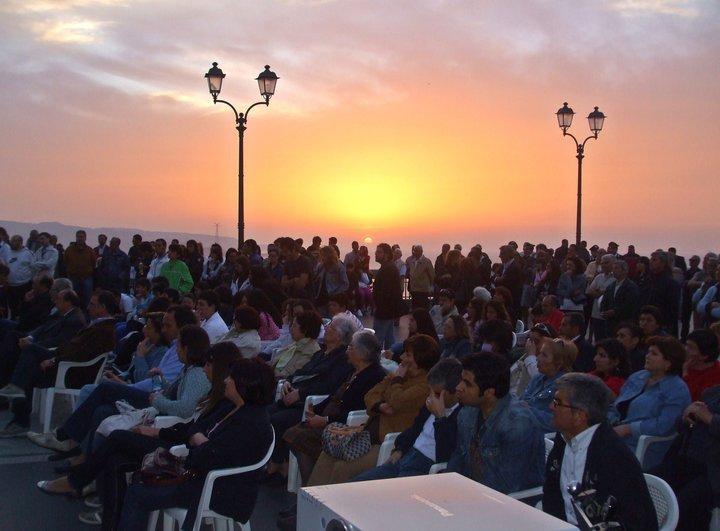 il tramonto sullo sfondo di una giornata memorabile per SCILLA e gli SCILLESI